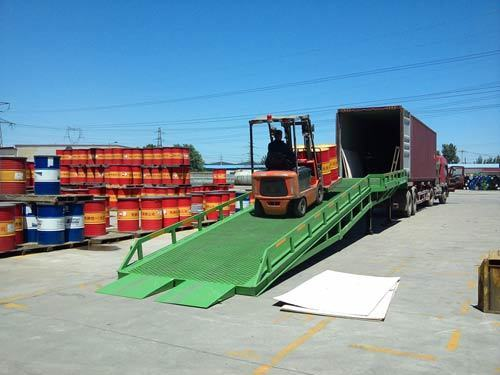 移动式载重8吨登车桥